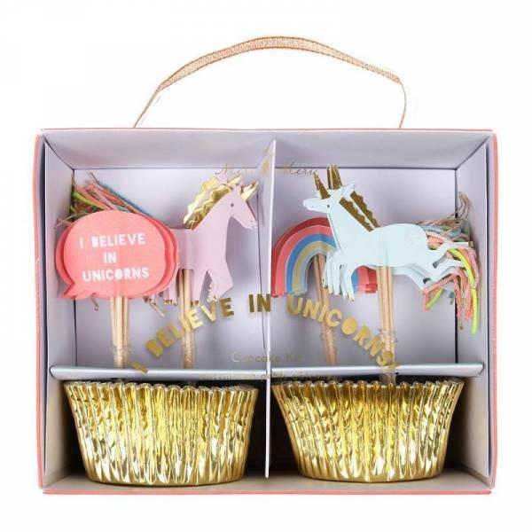 """I believe in Unicorns"" Cupcake Kit"