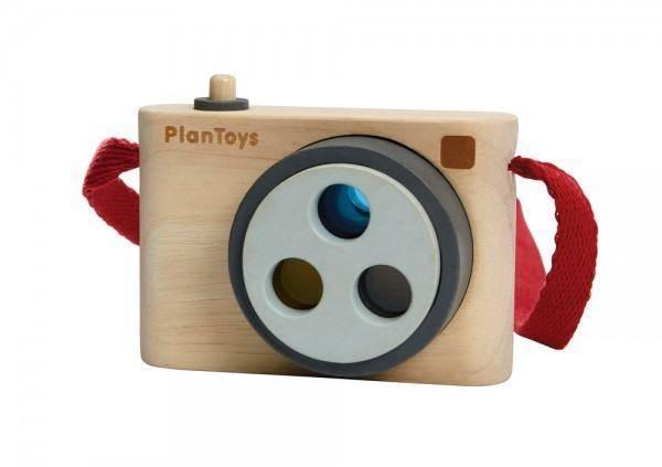 Fotokamera aus Holz mit Farbfiltern