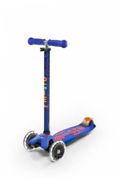 maxi micro Deluxe Roller blau LED